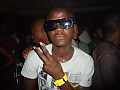 Kenny b'(-So on point vokal